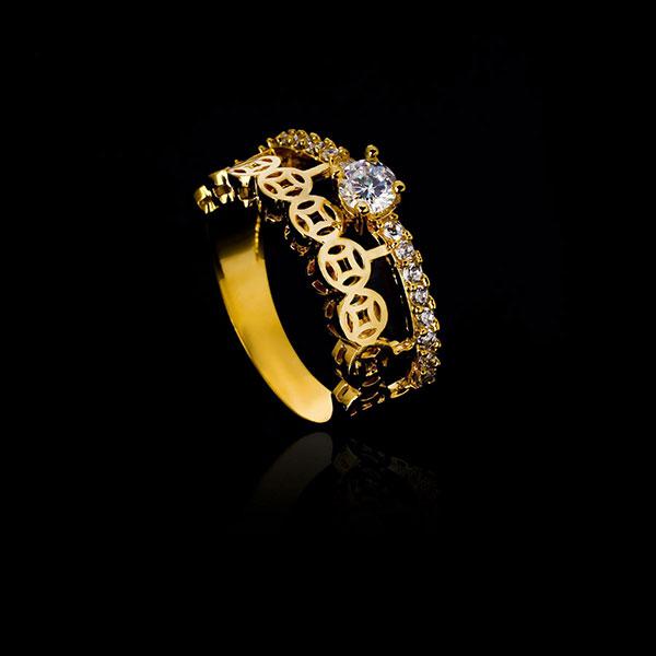 nhẫn kim tiền đính hột đá